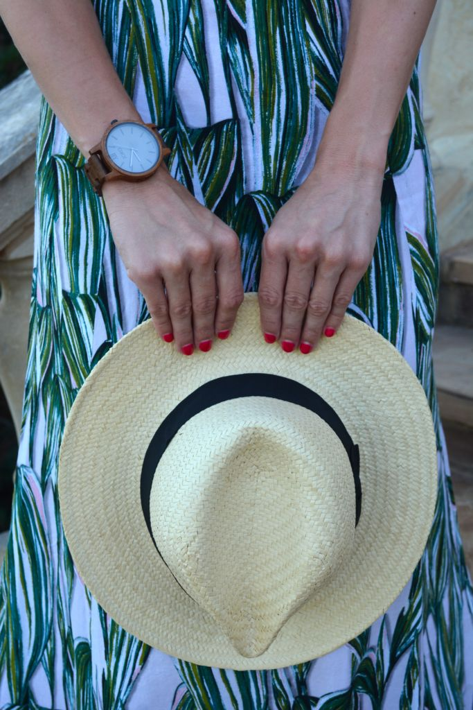 5 Ways to Style a Panama Hat